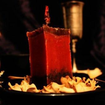 """Обрядовая свеча """"Тёмная кровь"""""""
