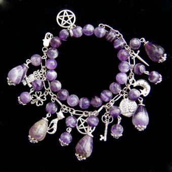Комплект браслетов из аметистов